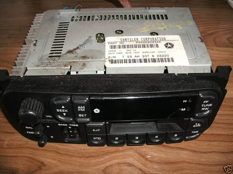 Primary image for 99-01 intrepid/300m/concorder am-fm-cassette radio