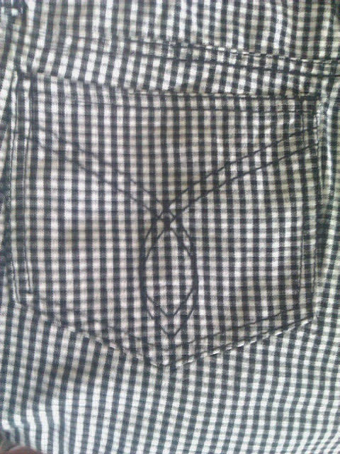 JUNIORS CAPRIS-BLACK/WHITE CHECK-SIZE 11-TOP SIZE SMALL