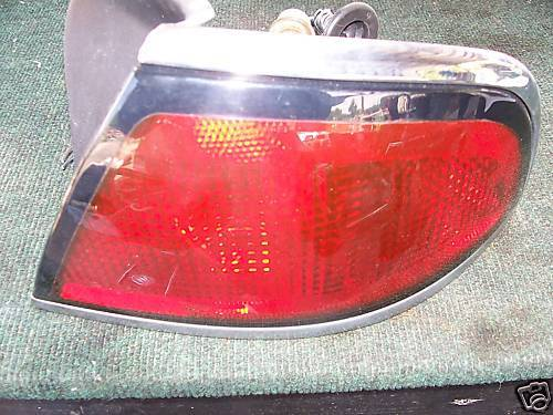 LESABRE 97-99 qtr mtd, 2 bulbs right side taillight