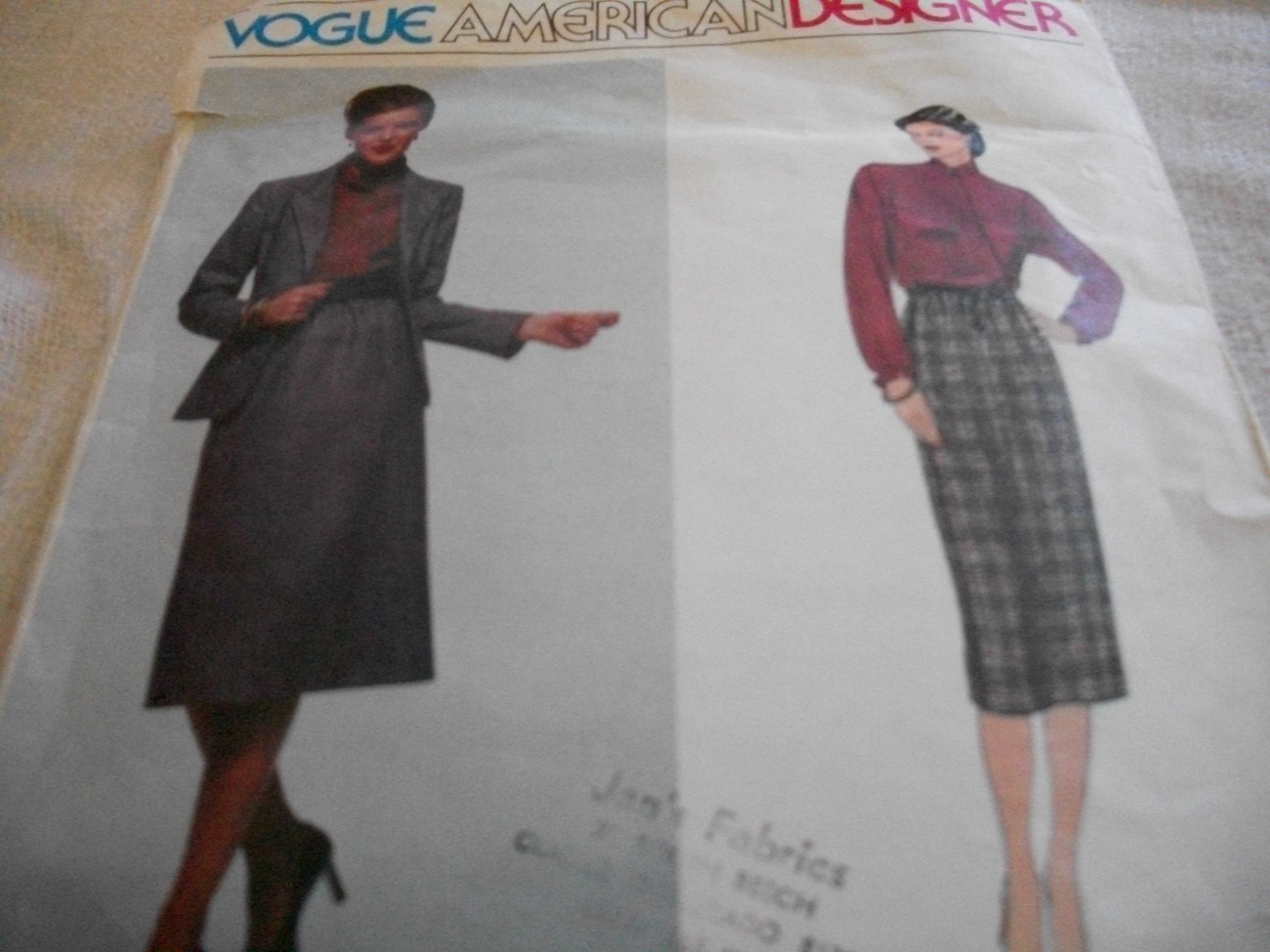 Woman's Jacket, Skirt & Blouse Pattern Vogue 2283