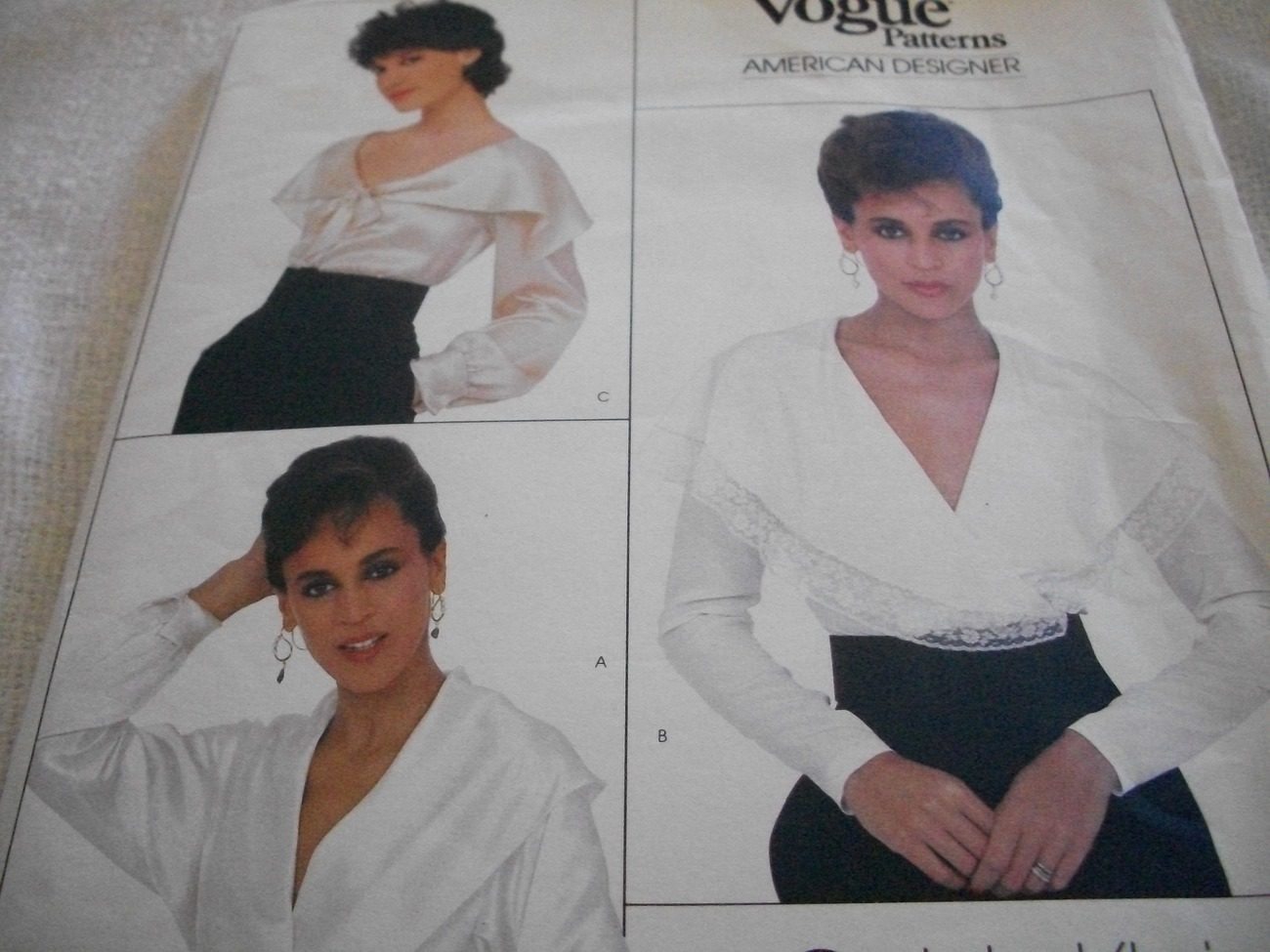 Woman's V-Neck Long Sleeve Blouse Pattern Vogue 1026 Calvin Klein