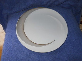 WEDGWOOD TRANQUILITY   DINNER PLATE - $18.76