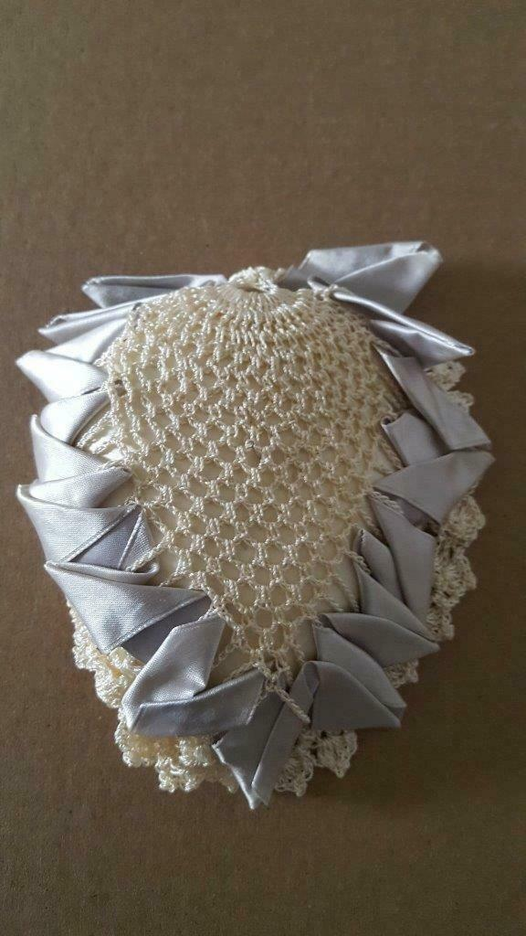 1960'S VINTAGE HANDCRAFTED CROCHETED PIN CUSHION, SEWING NOTION, SATIN EDGE, IVO