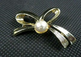 "Vintage Signed GERRY'S Gold Tone Faux Pearl Bow Shape Pin Brooch 1 1/2"" - $24.99"