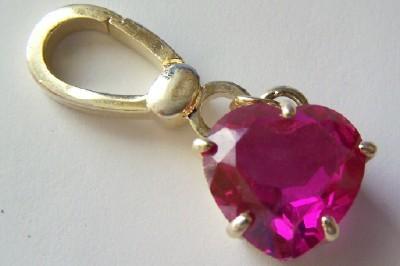BIG CRYSTAL CZ RUBY HEART GOLD TONE CHARM FOR DESIGNER STYLE BRACELETS