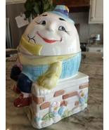 Vintage Humpty Dumpty fairy tale cookie jar sitting on a wall Fast Shipp... - $49.77