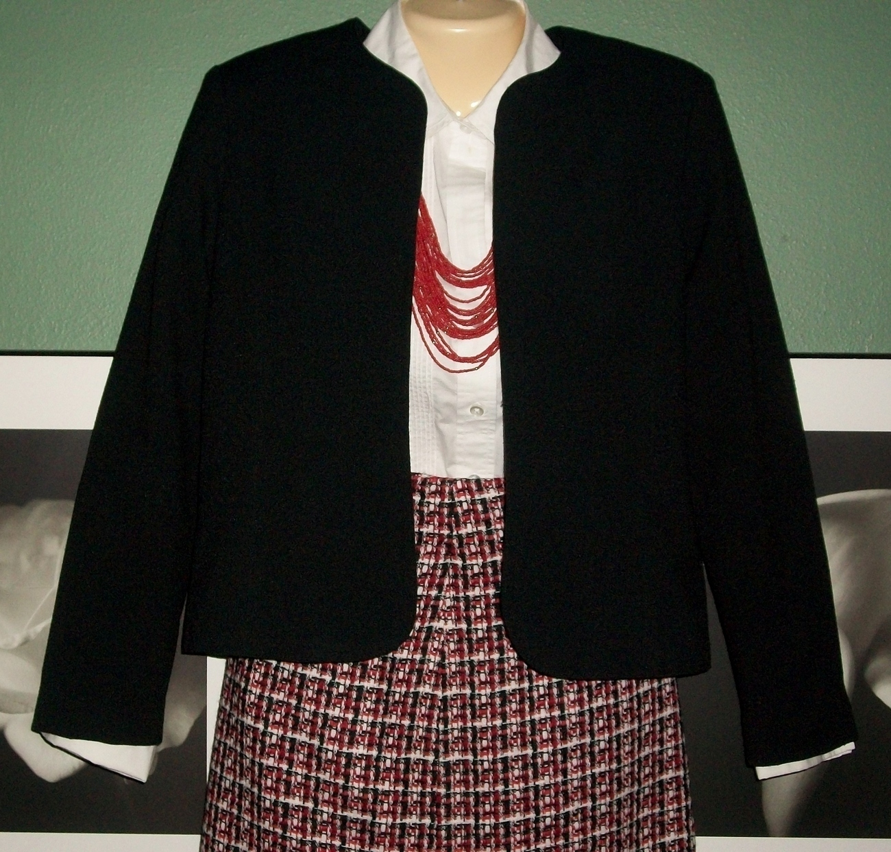 Primary image for Career Wear Basic Black Fitted Bolero Fully Lined Jacket-Sz 8