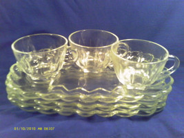 [M11] 6 PIECE ANCHOR HOCKING CLASSIC SNACK SET (3) PLATES, (3) CUPS 900/48 - $14.40