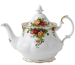 Royal Albert Old Country Roses Teapot Large 6 cups 48 oz. New - $98.90