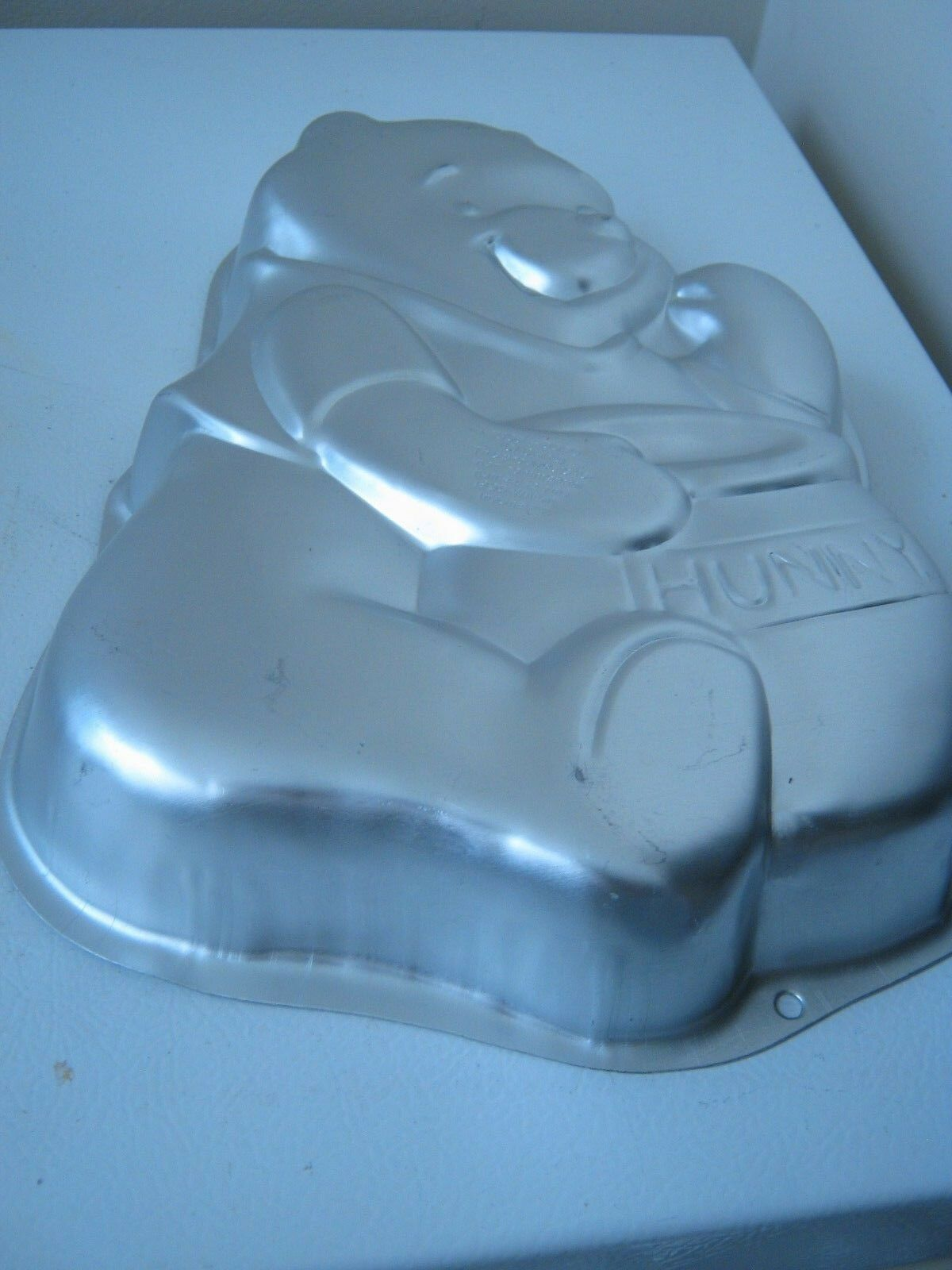 Primary image for Wilton Disney Winnie the Pooh and Hunny Pot Cake Pan 2105-3000