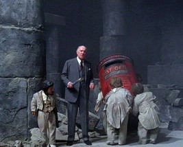 Ralph Richardson Time Bandits By Old Box 16x20 Canvas Giclee - $69.99