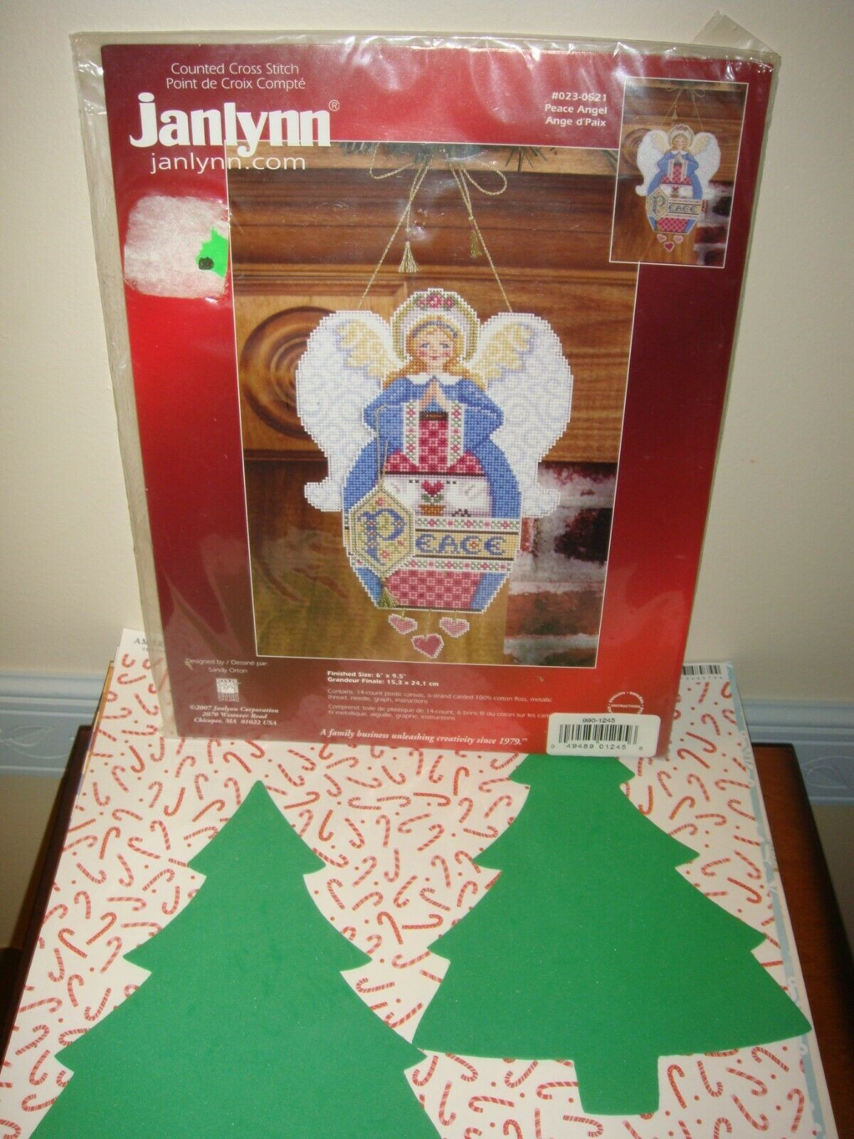 Primary image for Janlynn Peace Angel Christmas Ornament Plastic Canvas Counted Cross Stitch Kit