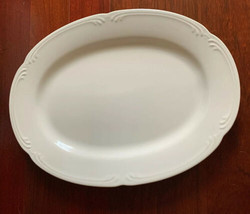 "Pfaltzgraff USA Filigree Stoneware 14.5"" Oval Platter White Embossed Scrolls - $11.87"