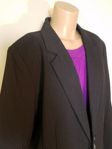 SAG HARBOR WOMEN'S BLAZER SPORTS COAT BLACK PINSTRIPE SIZE 16 POLYESTER RN 51735