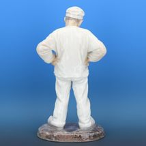 "Large 11 1/2"" Bing & Grondahl Porcelain Figurine of a Man #1786 Bricklayer c1980 image 3"