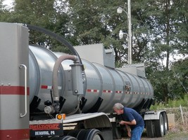 2008 Polar Vacuum Trailer Tanker For Sale In Sumerset, PA 15501 image 1