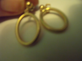 Vintage Goldtone Post Earring with Oval 1/2 inch wide Dangle - $13.00
