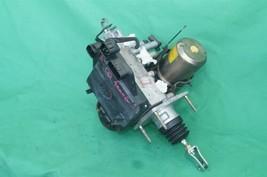 01-02 Toyota 4Runner Abs Brake Master Cylinder Pump Assembly Controller Module image 2