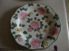 Home Trends Creme Rose dinner plate 1 available - $3.12