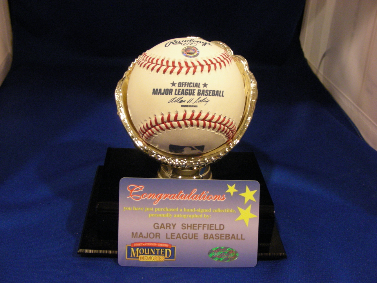 GARY SHEFFIELD 500 HR CLUB 1997 WSC SIGNED AUTO BALL MOUNTED MEMORIES AUTHENTIC