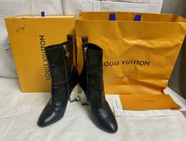 LOUIS VUITTON Calfskin Silhouette Ankle Boots Snake Skin Embossed Heel Size 39/9 - $346.49