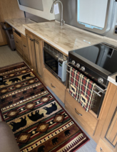2018 Airstream Classic 33FB Twin For Sale in Weldon Spring, Missouri 63304 image 3