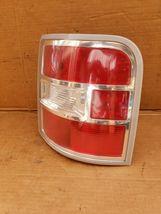 09-11 Ford Flex Taillight Lamp Passenger Right RH (NON -LED) image 3