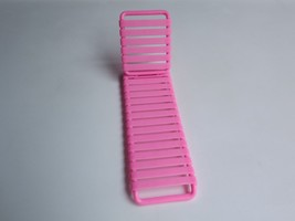 1986 Vintage Barbie Accessory Pink Lawn Lounge Chair Outdoor Furniture - $8.59