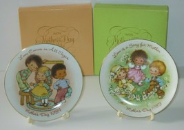 Vintage Mothers Day Plate Avon 1983 1984 With Boxes & Stands - $23.14