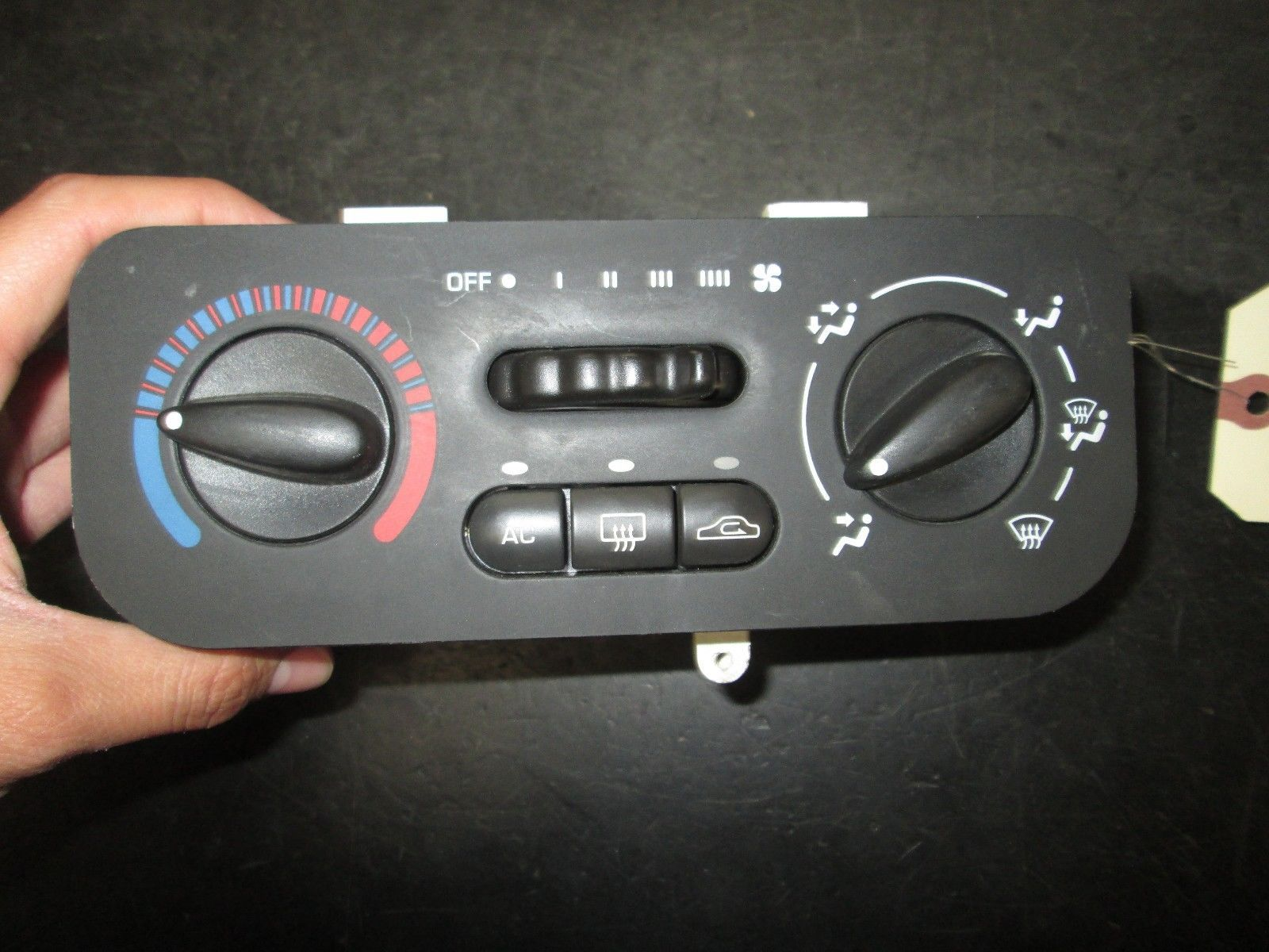 Primary image for 03 04 05 SATURN L SERIES CLIMATE CONTROL #097-010-0303