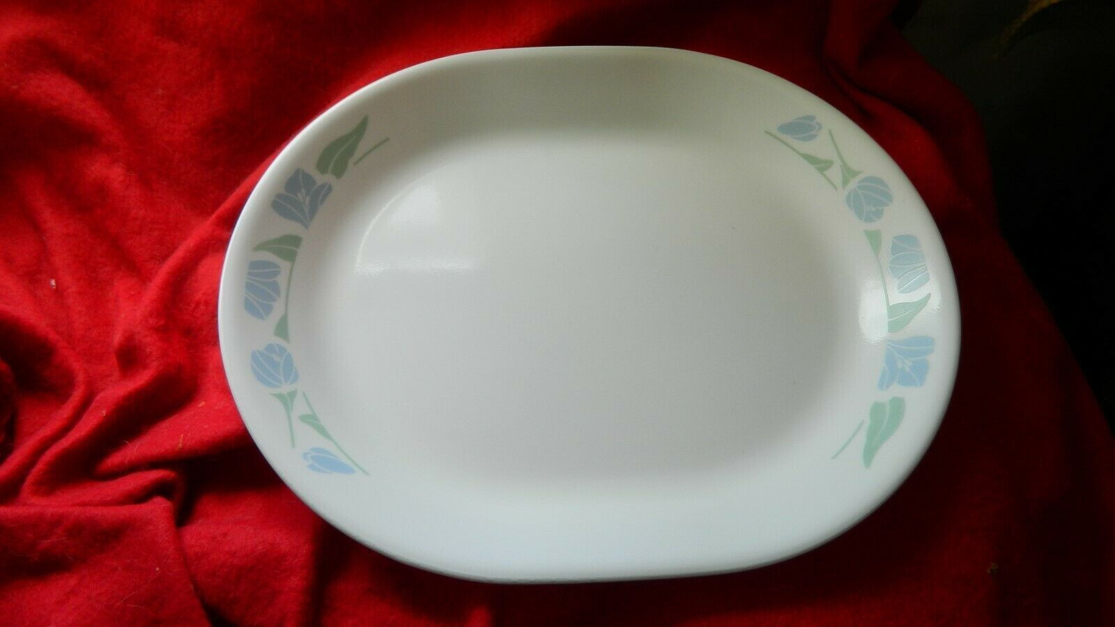 Primary image for CORELLE FRIENDSHIP OVAL SERVING PLATTER BRAND NEW OLD OPEN STOCK FREE USA SHIP