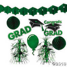 Green Graduation Decorating Kit - $12.49