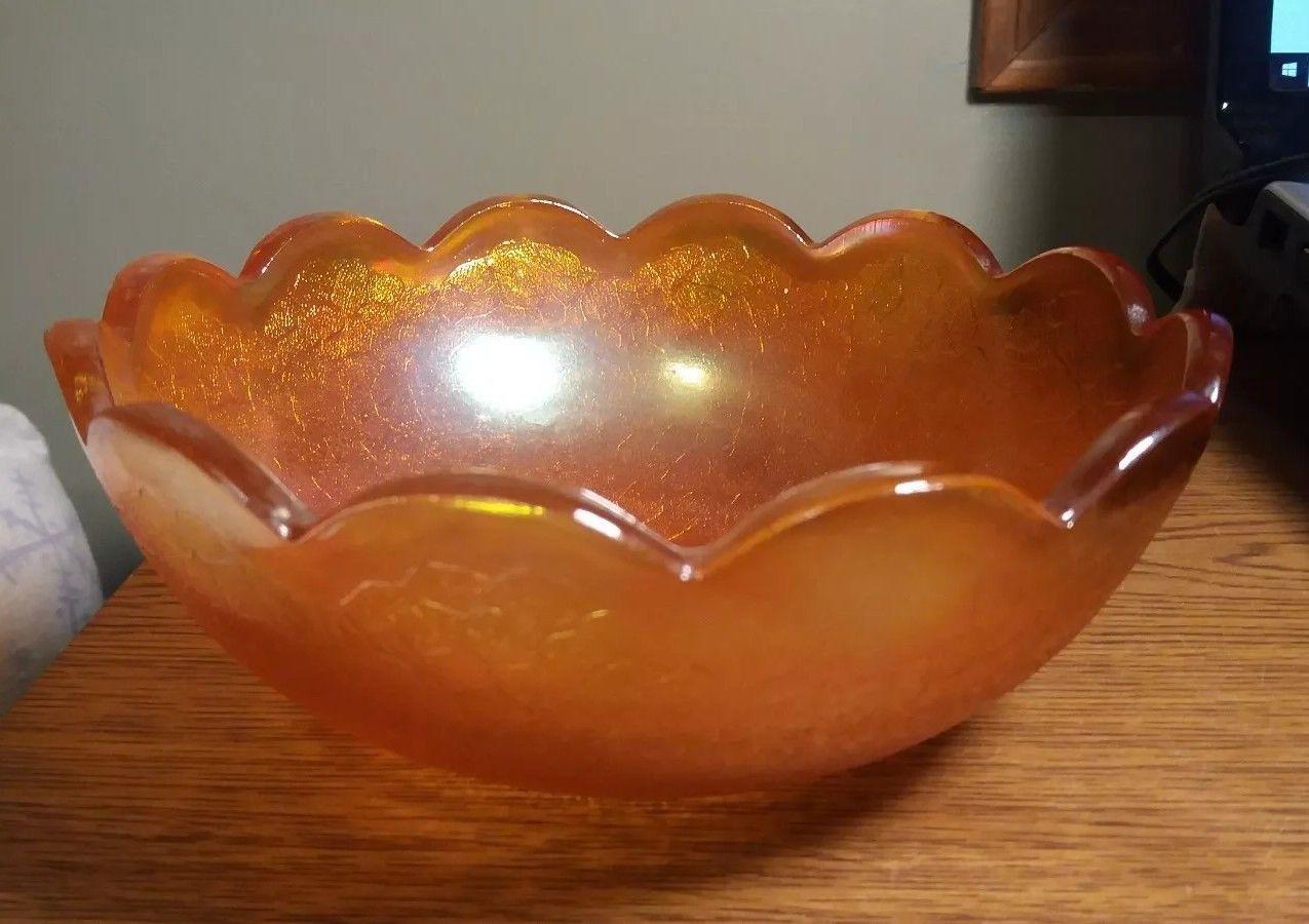 "Vintage Carnival Glass Marigold by Jeanette Crackle pattern 7 1/2"" diameter bowl"