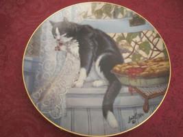 COMPANY'S COMING B&W Cat Collector Plate LOWELL DAVIS Schmid RARE Cat Tales - $39.20