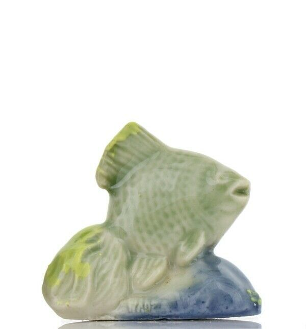 Whimsies Porcelain Figurine Miniatures by Wade Fantail Fish