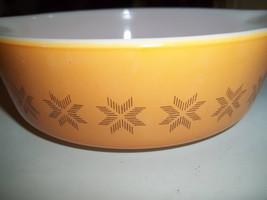 Town and Country Pyrex#471-B, 500ML 1 1/2Pint, Vintage, Casserole Dish, ... - $14.07