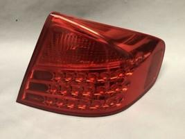 2003 2004 Infiniti G35 Sedan Right Tail Light Oem - $46.74