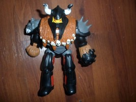 "mca toy biz action figure,5.5"": jointed,helmet w horns,skulls on cape over armor - $6.59"