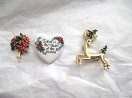 Vintage Christmas Deer Poinsettia Heart Enamel Gold Tone Pin Lot Of 3 Ge... - $14.84