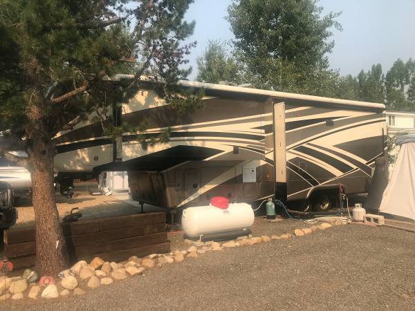 2016 Mobile Suites 5th Wheel 36RSSB3 FOR SALE IN Nampa, ID 83686