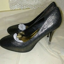 Wild Diva Women's Sparkly Holiday Heels Size 9 - $15.00