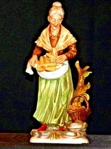 Large Old Lady Figurine with Corn and Basket AA19-1564 Vintage