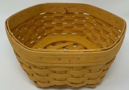 "1999 LONGABERGER 9-1/4 x 9-1/4 x 4"" Hexagonal Basket (19-1634) - $28.49"
