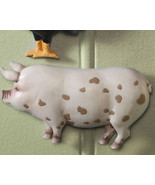 Country Farm Animal Wall Decor Pig - $6.95