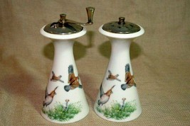 Lenox Hunting Dogs And Pheasant Salt Shaker Pepper Mill Set L79 - $35.99