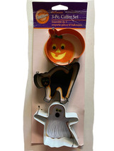 2007 Wilton Halloween Colored Metal Cookie Cutter Set of 3 New on card Cat Ghost - $10.44