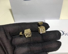 AUTH Christian Dior 2019 LUCKY SQUARE TRIBLES EARRINGS CRYSTAL GOLD image 6