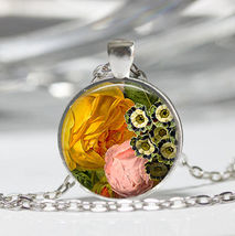 Ground Sea Life Cabochon Necklace (11877) >> Combined Shipping - $2.75