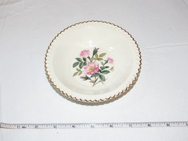 The Harker Pottery Co. Made in USA 22 KT Gold Trim 1 sauce fruit bowl 5 ... - $14.84
