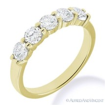 Round Cut Moissanite Shared 4-Prong Ring 5-Stone Wedding Band in 14k Yel... - €302,91 EUR+
